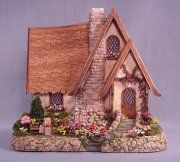 Quarter inch scale from Suzanne & Andrews Miniatures
