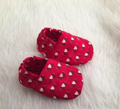Red Heart Holiday Booties by LittleTotShoppe on Etsy