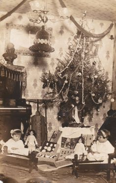 RPPC Postcard Christmas Morning Interior Tree Gifts Toys Children