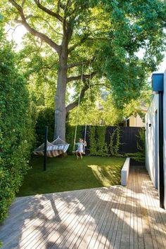 Numerous homeowners are looking for small backyard patio design ideas. Those designs are going to be needed when you have a patio in the backyard. Many houses have vast backyard and one of the best ways to occupy the yard… Continue Reading → Small Backyard Gardens, Small Backyard Landscaping, Backyard Garden Design, Small Garden Design, Back Gardens, Small Gardens, Outdoor Gardens, Landscaping Ideas, Patio Ideas