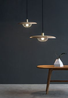 Ziihome Releases Kasa Lamp, Its First Light Designed by Yen-Hao, Chu - Design Milk Chandeliers, Chandelier Lamp, Pendant Lamp, Pendant Lighting, Lamp Design, Lighting Design, Dining Table Lighting, Decor Inspiration, Lumiere Led