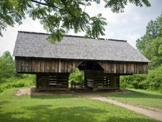Old Historic Barn at Cades Cove, Smoky Mountains National Park, Tennessee