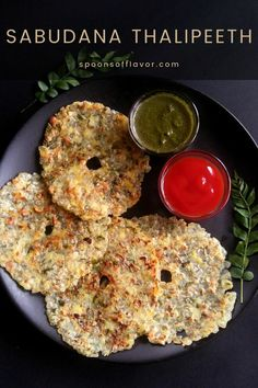 Easy, light Maharashtrian fasting dish made with tapioca pearls and boiled potatoes. #thalipeeth #tapiocappearls #fastingdish #maharashtrian #breakfast Vegetarian Snacks, Best Vegetarian Recipes, Vegetarian Breakfast, Breakfast Dishes, Breakfast Ideas, Breakfast Healthy, Healthy Recipes, Healthy Meals, Delicious Recipes