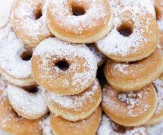 Le ciambelle si patate sono i dolci siciliani preparati per la festa di San Martino!