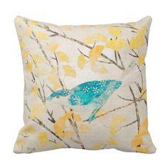 El amarillo del pájaro de la turquesa florece cojin