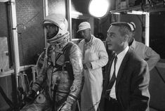 MR3-0507-NOID-SHEPARD AND GRISSOM IN WHITE ROOM-5.5.61 NASA image reposted by Retro Space Images on AmericaSpace