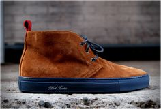 Kith NYC store, owned by sneaker guru Ronnie Fieg, is now stocking Italian footwear brand Del Toro. Our pick from the collection is this stylish Cognac Suede Alto Chukka, handmade in Italy with fine Italian Suede and leather lined interior. New Shoes, Men's Shoes, Shoe Boots, Shoes Sneakers, Chukka Sneakers, Chukka Boot, Fashion Shoes, Mens Fashion, Camisa Polo