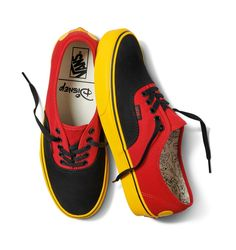 fd59d302d53104 Disney x Vans Authentic in Mickey Mouse Red Yellow