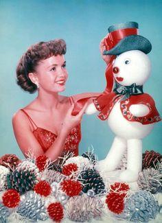 Noel Christmas, Retro Christmas, Christmas And New Year, All Things Christmas, Christmas Movies, Christmas Ideas, Christmas Pictures, Christmas Inspiration, Christmas Ornaments