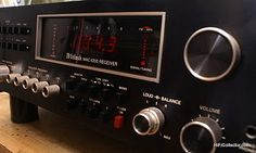 McIntosh stereo receiver. Click on photo for more pics and story.