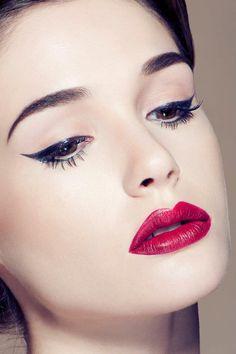 Jayesh Pankhania Photography© #eyeliner #pinup