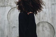 328 отметок «Нравится», 116 комментариев — Anisya (@avanthunt) в Instagram: «My hair is an aesthetic choice… At the same time, how you wear your hair is a political statement…»