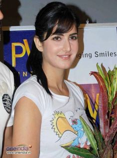Share your personal link and motivate people to actively use this! Katrina Kaif Navel, Samantha Pics, Minka Kelly, European Girls, Cut My Hair, Bollywood Actors, Bollywood Celebrities, Indian Celebrities, Celebrity Dresses