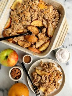 The Best Paleo Apple Pear Crisp Ever made with a mix of apple and pears and topped with a gluten-free and refined sugar-free crumb topping. Crumble Recipe, Crisp Recipe, Kinds Of Desserts, Vegan Desserts, Pear Recipes, Whole Food Recipes, Food Now, A Food, Apple Pear Crisp
