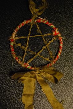 Yule Decoration.  Would love this hanging off of my tree.