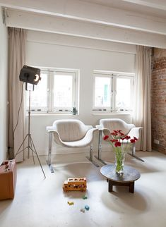 Rotterdam House Decorated In A Harmonious Mix Of Styles | DigsDigs