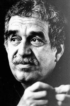 """""""La memoria del corazón elimina los malos recuerdos y magnifica los buenos, y gracias a ese artificio, logramos sobrellevar el pasado."""" """"The memory of the heart eliminates the bad and magnifies the good; thanks to this artifice, we are able to bear the past."""" —Gabriel García Márquez"""