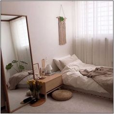 20 Inspiration Small Bedroom Design Ideas how to decorate sm. 20 Inspiration Small Bedroom Design Ideas how to decorate small apartment, smal Room Ideas Bedroom, Small Room Bedroom, Bedroom Colors, Home Bedroom, Big Mirror In Bedroom, Small Room Interior, Small Apartment Bedrooms, Peaceful Bedroom, Decorating Small Bedrooms