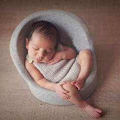 46.67$ Watch now - http://aliw9k.worldwells.pw/go.php?t=32741986506 - 2016 Hot Baby Posing Sofa Newborn Posing Chair Medias Little Mini Posing Pod Photos Newborn Photography Baby Portraiture Poses