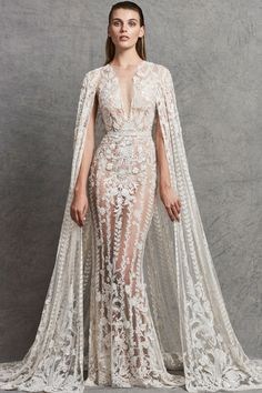See the complete Zuhair Murad Bridal Fall 2018 collection.