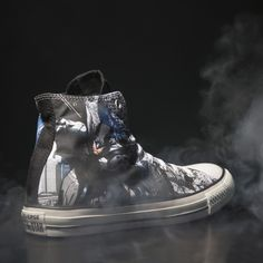For those of you who'd love nothing more than a trip to Gotham, the Converse All Star Batman inspired design from this collection could be the one for you.