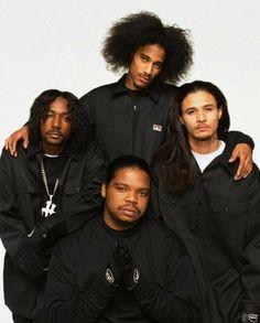 Layzie Bone with Bone Thugs-N-Harmony in a Long Sleeve Ben Davis Co. Love N Hip Hop, Hip Hop And R&b, 90s Hip Hop, Hip Hop Rap, Hip Hop Fashion, Look Fashion, Disco Fashion, Bizzy Bone, Hip Hop Images