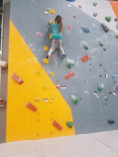 www.boulderingonline.pl Rock climbing and bouldering pictures and news notjustlikethat: Oka