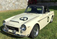 This 1966 Sunbeam Tiger has had its original 260 swapped out for a 289, and though not sold with any big claims of originality or factory-accurate perfection, the car looks good in photos and is said to be a blast to drive. A roll bar, Panasports and included (but not pictured) metal hardtop seal th