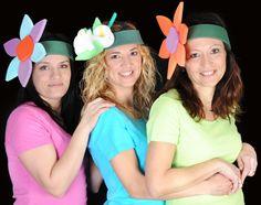 Gorro gomaespuma: Diademas flor Fun Crafts For Kids, Diy And Crafts, Hat Day, Funny Hats, Crazy Hats, Ideas Para Fiestas, Baby Costumes, Flower Crafts, Bunt