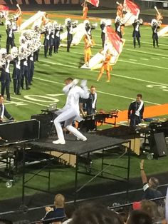 Willie Veenstra - Bluecoats 2015 - One of the best drum majors.