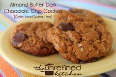 Almond Butter Dark Chocolate Chip Cookies are perfect when you are craving something sweet but still want clean eating ingredients! #almondbutter #cookies #chocolatechipcookies #cleaneating