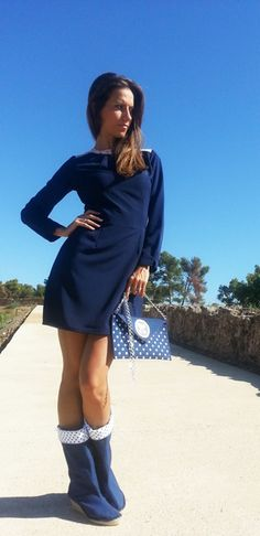 Vestido azul marino http://probandoropa.com/es/vestidos/vestido-azul-marino