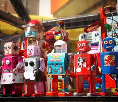 I was telling someone on Bunz about this robot display spotted in a Parisian street sale. I loved the mix of colours and faces. Robot Art, Robots, Parisian, Color Mixing, Street Photography, Colours, Display, My Love, Holiday Decor