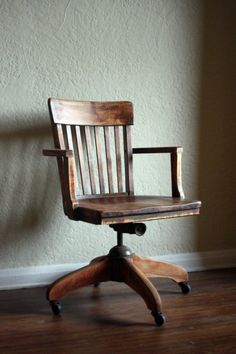 I love this old-timey Desk chair -- so cool looking. If I could find one I bet it'd be too expensive.
