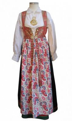 compare and contrast: Aust-Agder - Åmlibunad Folk Costume, Costumes, Sons Of Norway, Norwegian House, Ethnic Dress, Compare And Contrast, Bridal Crown, Traditional Dresses, Mittens
