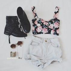 .floral crop top