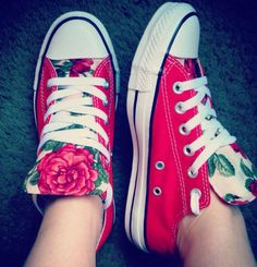 Converse tiedie for