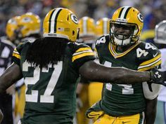 The Best and the Wurst: Cowboys at Packers - http://packerstalk.com/2015/12/14/the-best-and-the-wurst-cowboys-at-packers/ http://packerstalk.com/wp-content/uploads/2015/12/635856484606794491-GPG-KB-DALvsGB21.jpg