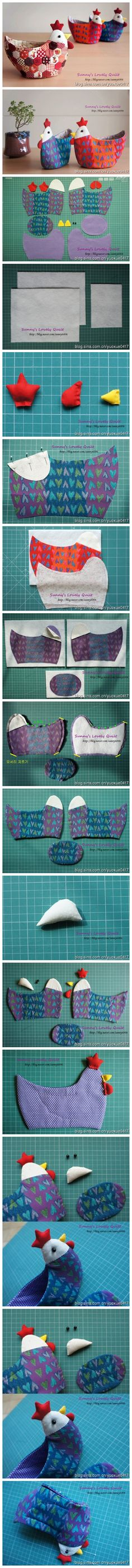 Tutorial on how to make a chicken-shaped patchwork bowl Sewing Hacks, Sewing Tutorials, Sewing Patterns, Online Tutorials, Fabric Crafts, Sewing Crafts, Sewing Projects, Diy Projects, Diy Crafts