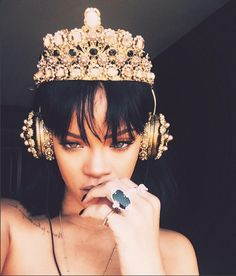Our main crush, #Rihanna, shining bright in our special #FRENDS x Dolce & Gabbana collaboration crown #headphones. #Anti