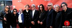 Review, Photos & Interviews: Ozzy & Metallica Perform At MusiCares MAP Fund Benefit Concert http://metalassault.com/gig_reviews/2014/05/13/ozzy-metallica-perform-at-musicares-map-fund-benefit-concert/