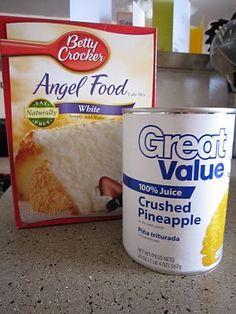 A great tasting, super easy dessert: Pineapple Angel Food Cake = Angel Food Cake Mix + Crushed Pineapple Ww Recipes, Cake Recipes, Dessert Recipes, Cooking Recipes, Skinny Recipes, Sweet Recipes, Just Desserts, Delicious Desserts, Yummy Food