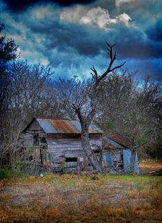 lonely  Old Homes  pinterest.com/multicityworld/old-homes/  multicityworldtravel.com Hotel And Flight Deals.