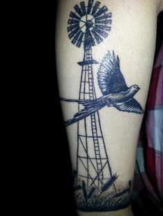 Love this but with a hummingbird for grandma and a frog on the windmill for mom and obviously the windmill would reference dad Body Art Tattoos, Sleeve Tattoos, Cool Tattoos, Tatoos, Oklahoma Tattoo, Texas Tattoos, Cover Tattoo, I Tattoo, Windmill Tattoo