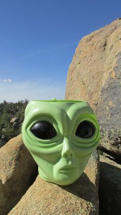 Awesome Retro Vintage ALIEN Head DISPLAY Container~Use as Cookie/Candy Jar, Birthday, LED Lamp, Halloween, Planter, Alien/Sci Fi Enthusiasts