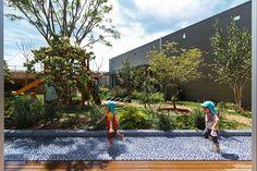 HIBINOSEKKEI-+-youji-no-shiro-SM-nursery-tokyo-japan-designboom-02