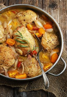 Chicken with Shallots and Cherry Tomatoes - a quick and easy, one-pan chicken meal, perfect for Fall