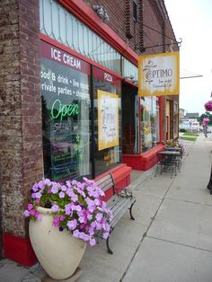 Optimo Farm Market Restaurant & Cafe of Viroqua, Driftless Wisconsin - Press - Optimal road trip includes Viroqua's Optimo | July 27, 2011 C...