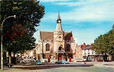 Postcard: Banbury, Town Hall