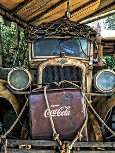 Chevy Truck w/ Coca-Cola Ice Chest! Abandoned Cars, Abandoned Places, Abandoned Vehicles, Classic Trucks, Classic Cars, Chevy Classic, Coca Cola, Pepsi, Coke Ad